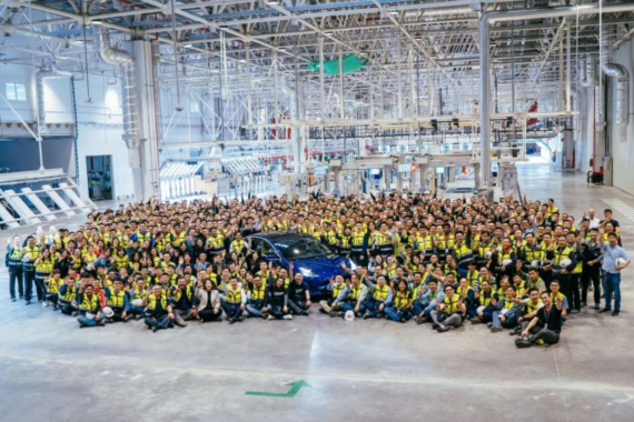 Tesla Could Lower The Price Of Chinese Made Cars Next Year
