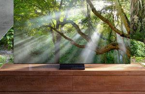 This might be Samsung's upcoming 'zero bezel' 8K TV