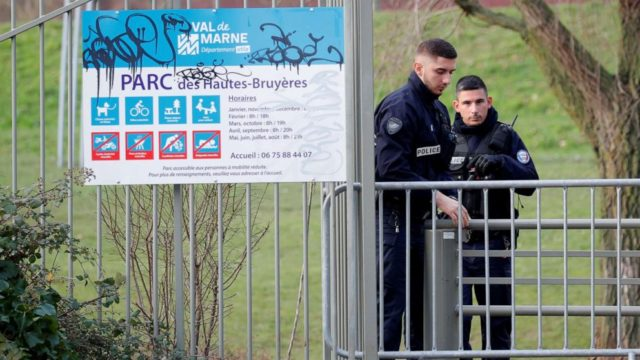 1 dead in stabbing attack south of Paris