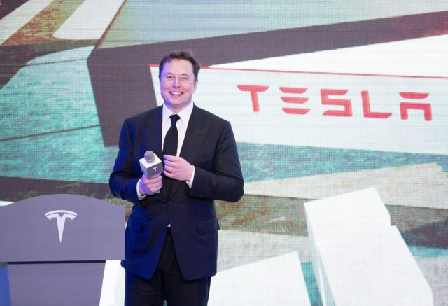 Barbara Corcoran on Tesla CEO Elon Musk: 'That guy is a winner'
