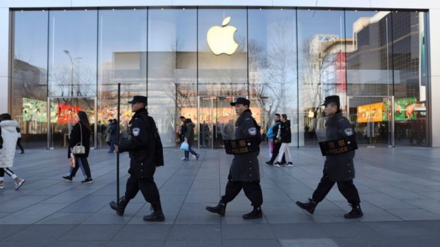 Apple temporarily closes stores in China amid virus outbreak