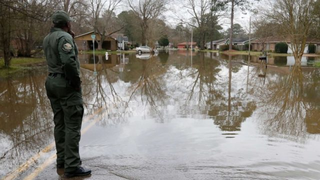 Storm system brings threat for floods and snow to the South