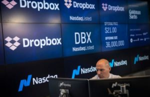 After turbulent week, the stock market sees record gains