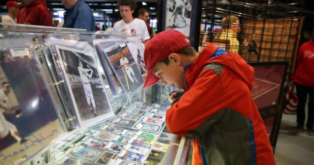 Baseball card apps bring a classic hobby into the digital age
