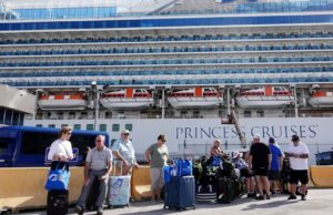 3 infected at company that greets Florida cruise passengers