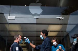Apple Is Closing Some U.S. Stores Again in States With Rising Coronavirus Cases