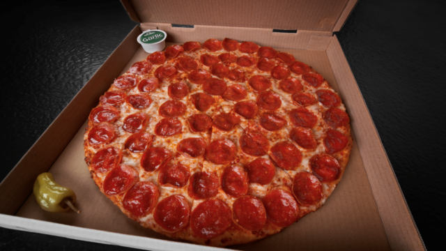 Shaquille O'Neal and Papa John's Pizza launch Shaq-a-Roni Pizza with company's largest slices