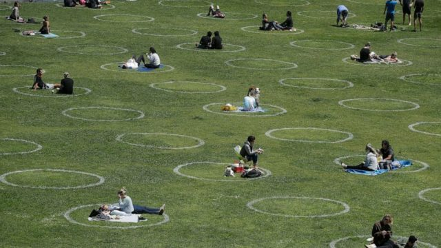 Small, outdoor gatherings key to limiting coronavirus risk this 4th of July, experts say