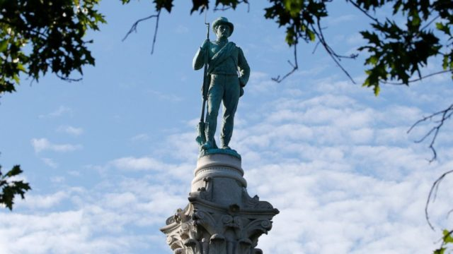 Richmond removing Confederate Soldiers and Sailors statue