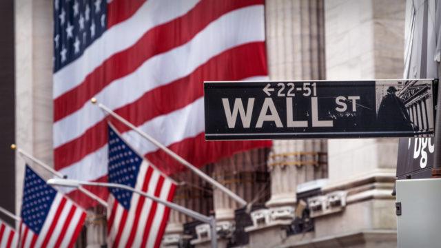 Stocks Slide as Tech Slumps, Jobless Claims Rise