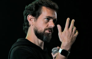 Square surges after reporting 64% jump in revenue, more customers using Cash App