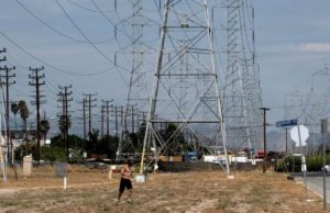 California heat triggers power outages for second day