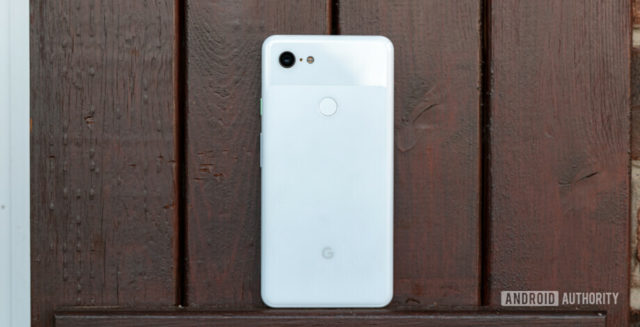 Pixel 3 owners are reporting swollen batteries, damaged rear covers