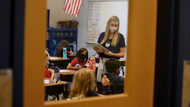 Dakotas lead US in virus growth as both reject mask rules