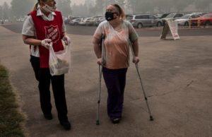 Coronavirus complicates wildfire evacuations on West Coast
