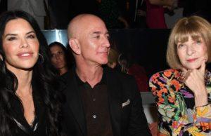 Amazon launches first online 'Luxury Store' with Oscar de la Renta