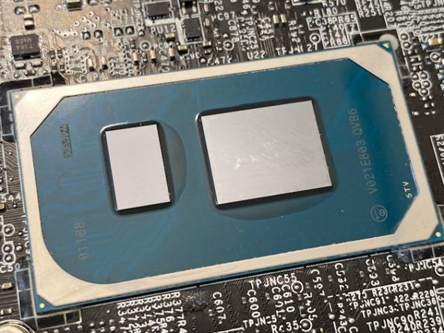 Intel's Tiger Lake 11th Gen Core i7-1185G7 Review and Deep Dive: Baskin' for the Exotic
