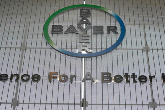 European stocks, Dow futures rise on stimulus hopes, while Bayer skids on profit warning